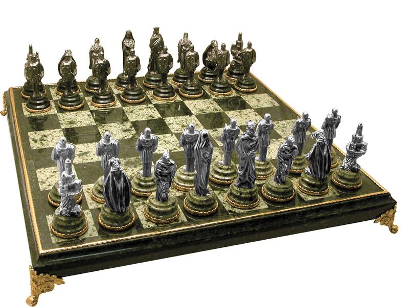 Серебряные шахматы в подарок