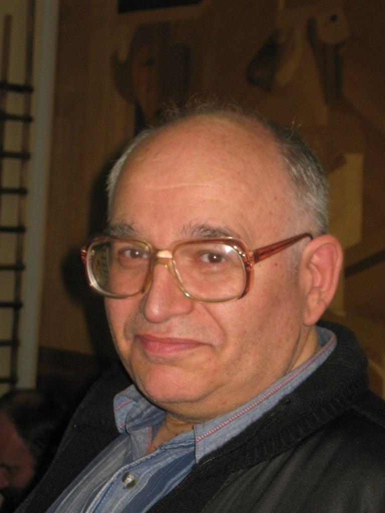 Михаил Мархасин