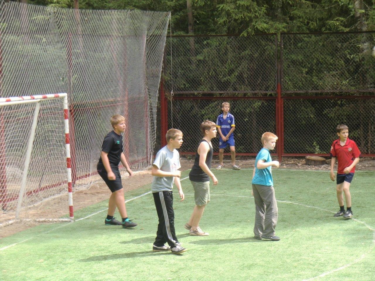 Фора 2012 (первая смена): футбол