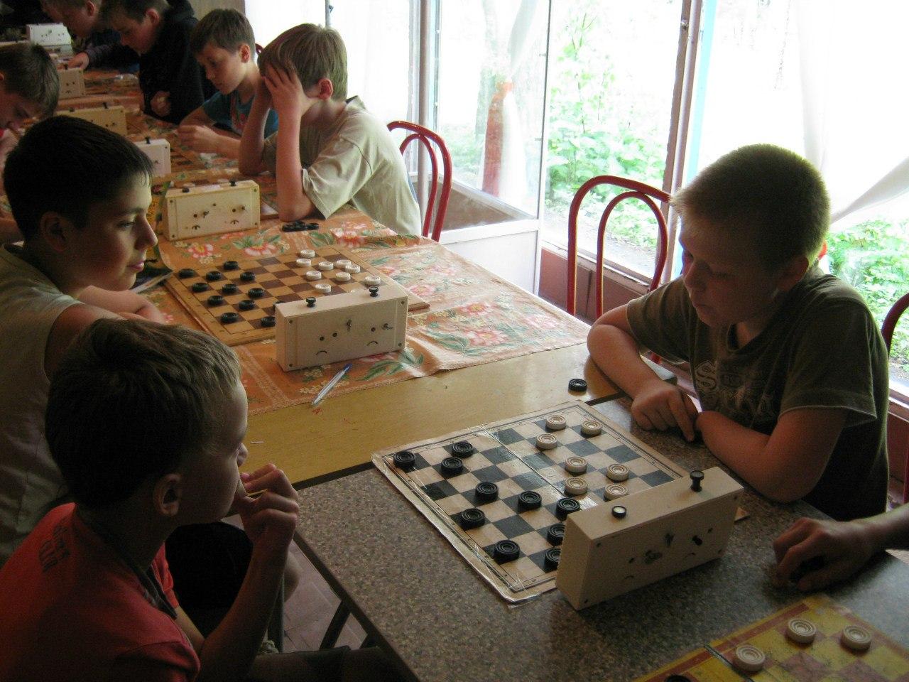 Фора 2012 (первая смена): шашки