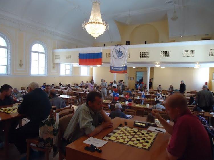 В Санкт-Петербурге завершился турнир по шашкам Белые ночи 2012