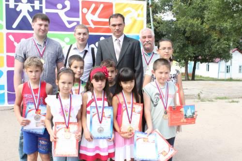 Олег Дашков и Рим Ишметов вместе с победителями соревнований