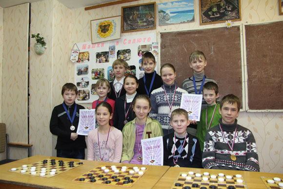 Призеры первенства Московского района среди школьных команд Чудо-шашки 2013