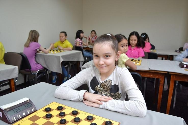 Ева Чибизова